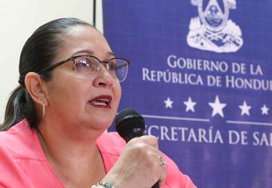 """Roxana Araujo: """"Es un riesgo que las personas le pierdan el miedo a un contagio"""""""
