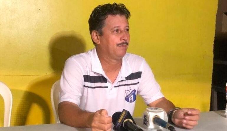 Mauro Reyes presentó su renuncia como DT del Honduras Progreso