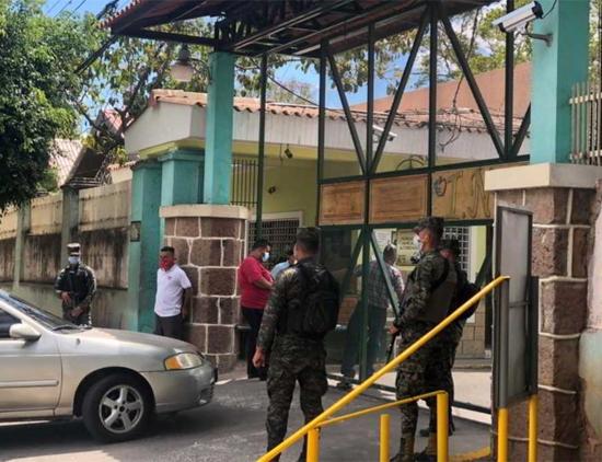 Al menos tres personas mueren por coronavirus en las últimas 24 horas en Tegucigalpa