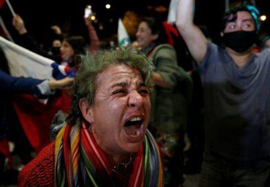 Aprueban la redacción de nueva constitución en Chile
