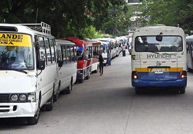 """El sector transporte de declara en """"calamidad doméstica"""" y anuncian paro laboral"""