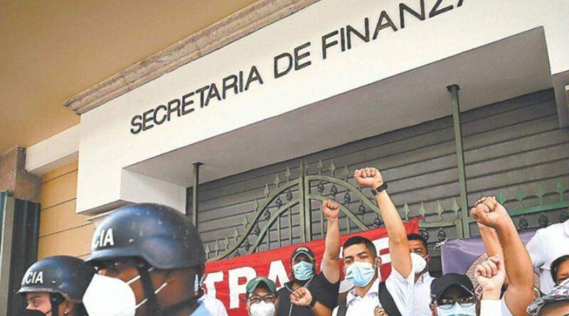 Sindicalistas exigen por incumplimiento de pago de quinquenios