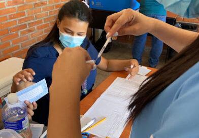 Este lunes arranca jornada de vacunación de tercera dosis de Pfizer en Honduras
